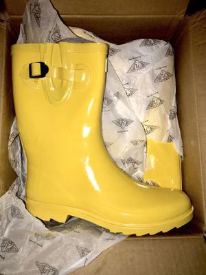 💛💦Ladies Rain Boots💛💦 for Sale in Fort Worth, TX