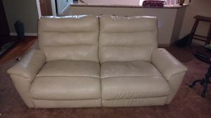 Lane furniture love seat for Sale in Pittsburgh, PA
