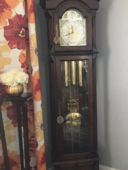 Grandfathers Clock for Sale in Portland,  OR
