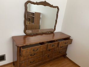 Dresser with Mirror-wood for Sale in Daly City, CA