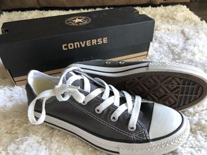 Chuck Taylor All Star Converse - Size 3 for Sale in Tampa, FL