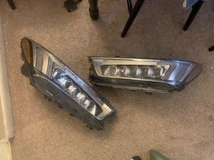 Acura MDX Headlights for Sale in Philadelphia, PA
