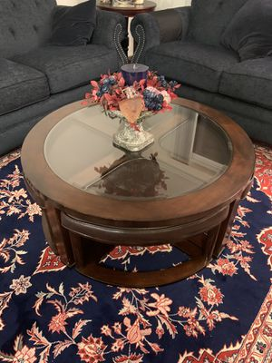 Coffee table/ brown/ good condition for Sale in Irvine, CA
