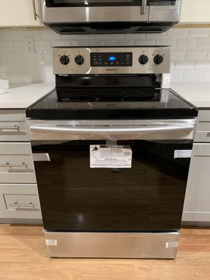 Samsung 5.9 cu Stainless Steel Electric Stove for Sale in Pittsburg, CA