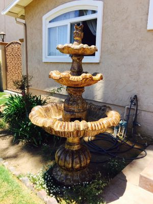 Fountain 6' Tall Brand New for Sale in San Diego, CA