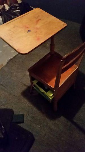 Small old school desk for Sale in Kingsport, TN
