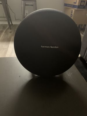 Harman Kardon Onyx 4 bluetooth speaker for Sale in Los Angeles, CA