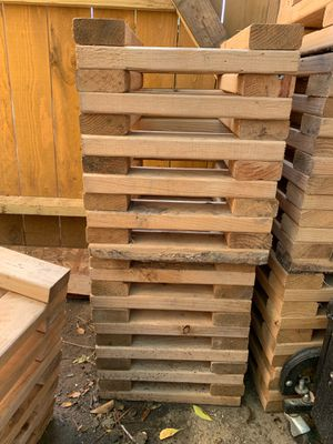 Blocks to hold trailer homes and other stuff pure wood for Sale in Houston, TX
