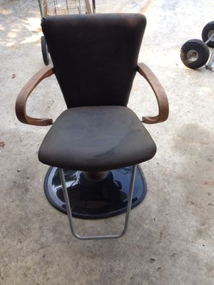 Hair salon/barber chair for Sale in FL, US