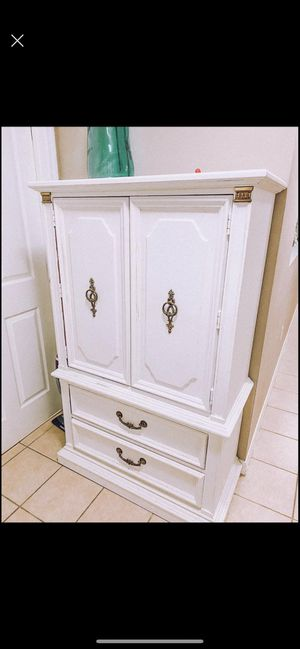 Armoire China cabinet hutch shelf for Sale in Kissimmee, FL