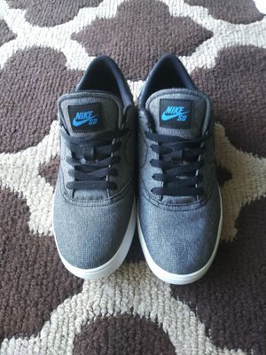 Boys Nike SB shoes size 7y for Sale in Wichita, KS