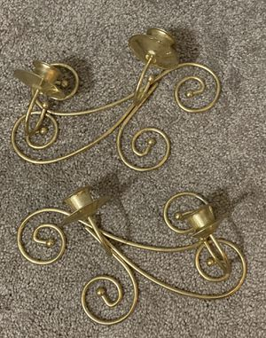 VINTAGE SET OF 2 GOLD COLOR METAL CANDLE HOLDER WALL HANGING HOME DECOR ACCENT for Sale in Chapel Hill, NC