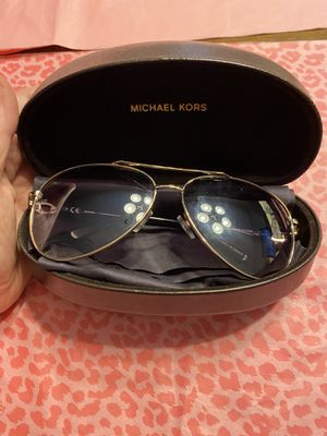 Michael Kors sunglasses great condition! for Sale in Lexington, SC