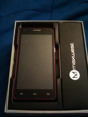 Maxwest nitro 5w unlocked dual SIM card for any company use 5 inch screen GSM/wcdma 16gb for Sale in Chula Vista, CA