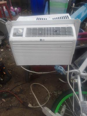 Lg window Ac 5000 btu for Sale in Severn, MD