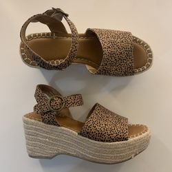 Brown Wedges Size 8 for Sale in Houston,  TX