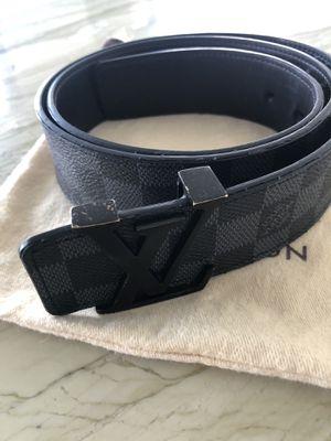 Louis Vuitton Mens Belt Damier 95/38 for Sale in Miami, FL