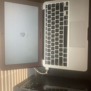 Apple MacBook Air 11inch Mid 2012 for Sale in Cumberland, VA