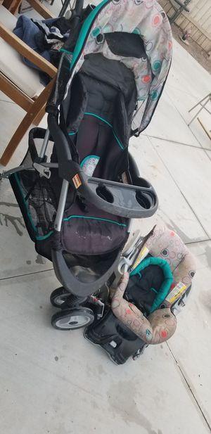Baby stroller and car seat / careola de bebe y silla para carro for Sale in Brawley, CA
