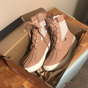 9.5, Brand New Women's Holly Mid Lace Waterproof Boot, Rose- Merrell for Sale in Renton, WA