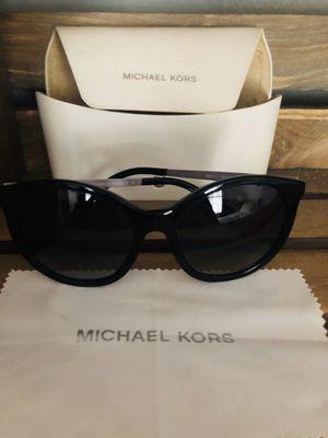 MICHAEL KORS sunglasses for Sale in Marietta, GA