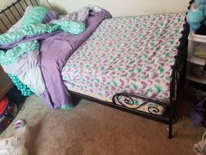 IKEA twing beds frame with mattress for Sale in Chicago, IL