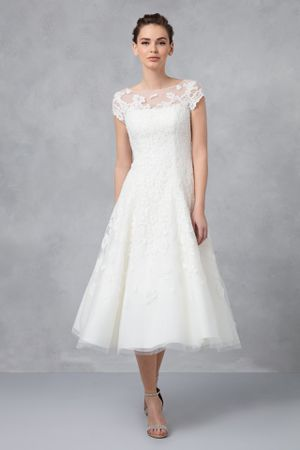 Oleg Cassini ivory lace wedding dress - size 12 **Local pickup only** for Sale in Falls Church, VA