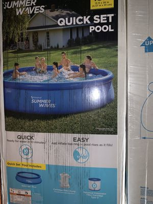 Summer Waves® 15ft Quick Set® Ring Pool with 600 GPH Filter Pump for Sale in Queens, NY