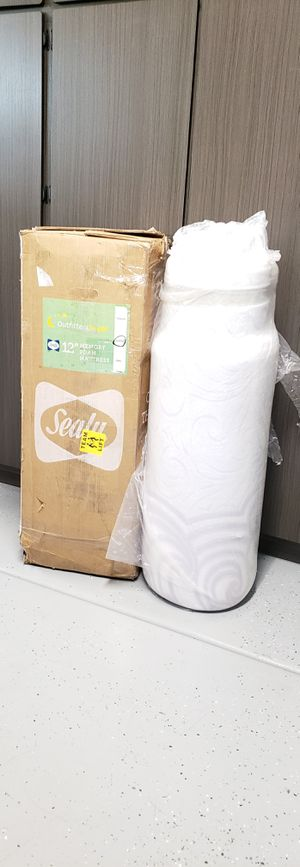 Sealy 12 inch Memory Foam Mattress Queen - BRAND NEW IN BOX for Sale in Glendale, AZ