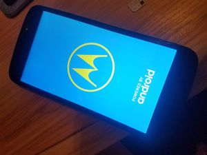Motorola Moto e5 Play for Sale in Camden, NJ