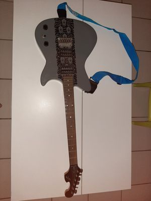 Electric guitar for Sale in Lake Worth, FL