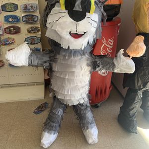 Tom And Jerry Piñata for Sale in Fontana, CA