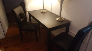Kitchen table and 2 chairs for Sale in Miami, FL