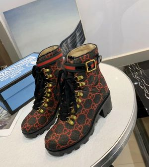 Gucci ladies boots for Sale in Merrillville, IN