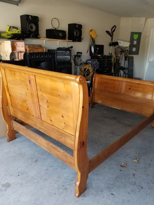 Sleigh bed frame n china cabinet built year 2000 for Sale in Temple, TX