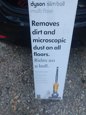 Dyson vacuum cleaner for Sale in Taylors, SC