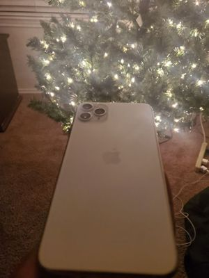I phone 11 pro for Sale in Atascocita, TX