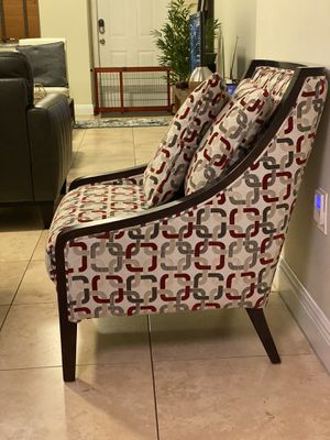 Accent chair wood and fabric with two matching pillows for Sale in Miami, FL