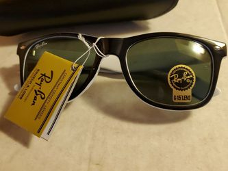 Ray Ban Sunglasses for Sale in Hendersonville,  NC