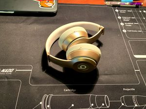 Beats Solo Wireless Headphones (Gold) for Sale in Richmond, VA