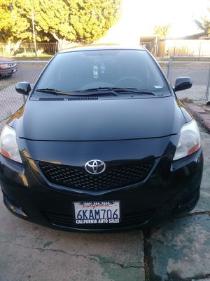 Toyota yaris for Sale in Oakland, CA