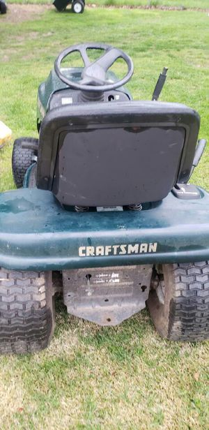 Riding lawn mower for Sale in Grove City, OH