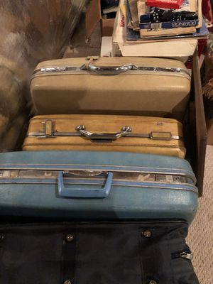 Suitcases for Sale in Springfield, VA