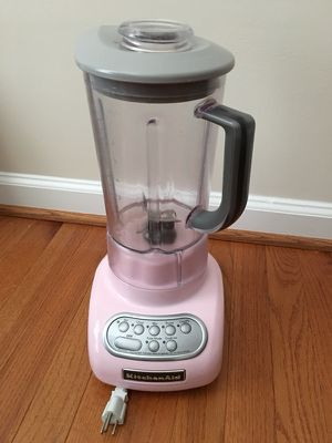 KitchenAid stand blender(mixer)-baby pink for Sale in Ashburn, VA