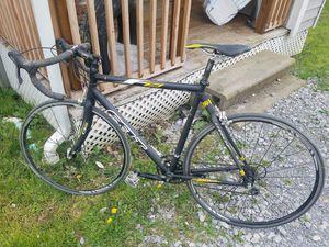 Felt Z35 Men's Road Bike for Sale in Bridgeport, WV