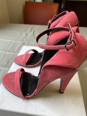 Hot Pink Heels! Calvin Klein Heels Original Retail was $499.00 In selling for 125.00 Never Worn !! for Sale in Washington, DC