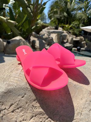 FASHION SANDALS SLIDES HOT PINK JELLY CROSSOVER STRAP STRAPPY SUMMER OPEN TOE SIZE 6 7 8 9 10 for Sale in Los Angeles, CA