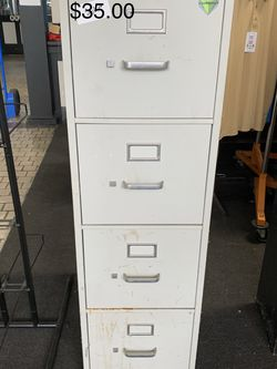 4 Drawer File Cabinet for Sale in Lorena,  TX