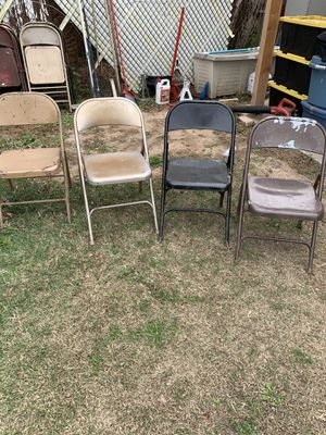 19 metal chairs for Sale in Glendale, AZ