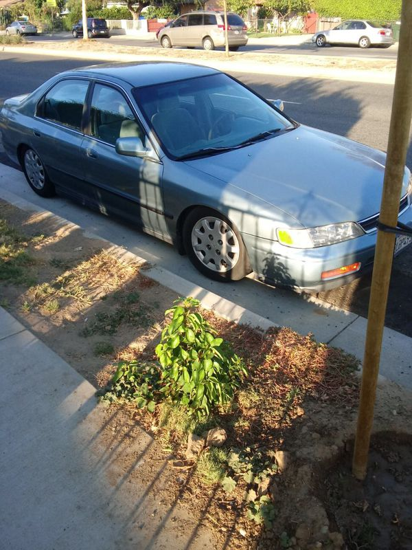 1995 Honda Accord low miles 106k drives great in excellent condition clean in and outside come test drive